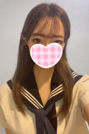 8/8体験入店初日予定ななか(JK中退年齢18歳)